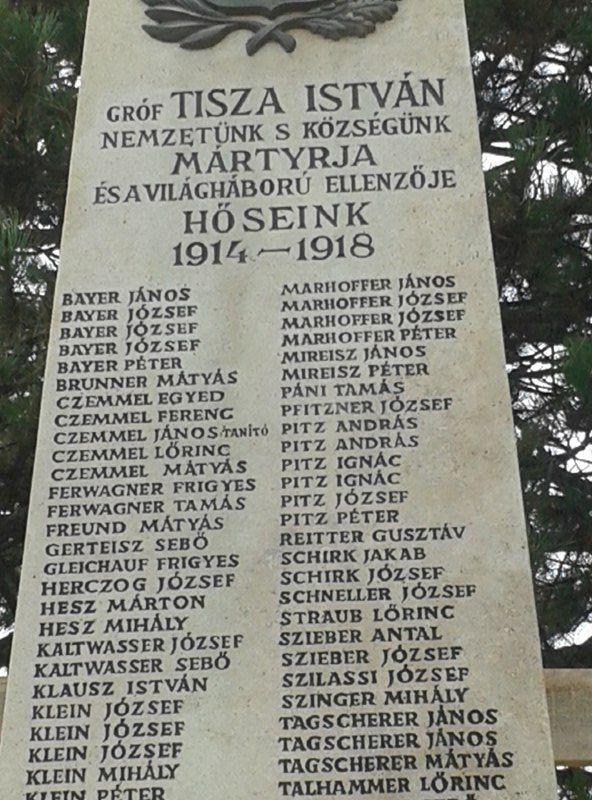 A Világháborús Emlékmű Tisza István nevével 2017 októberében