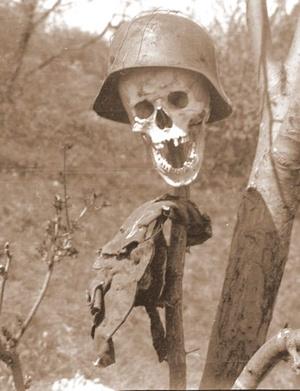 1945 nyarán a budai hegyekben Fotó Botos Lajos Ungváry archívumából