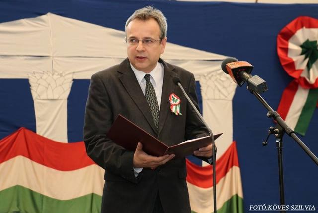 Fehér Imre iskolaigazgató úr ünnepi köszöntője