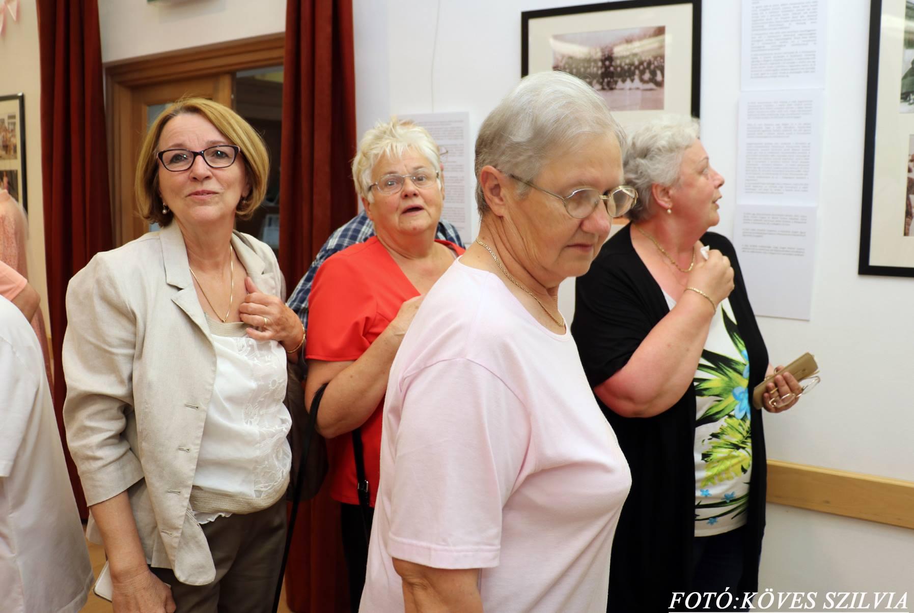 A kiállítás vendégei