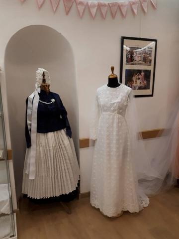 A sváb menyasszony és a hetvenes évekbeli modern ruha
