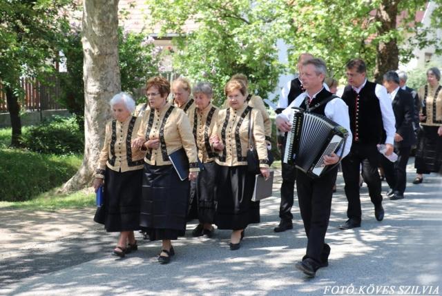 A budakesziek menete a Kossuth utcán 2018. május 6.