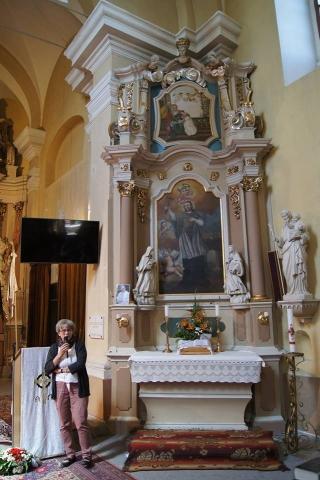 Csabai Judit beszélt a templom helyreállításának terveiről Huber Éva fotója