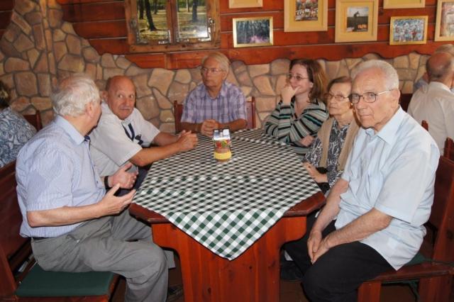 Ebéd a Nagyszénásban Huber Éva fotója