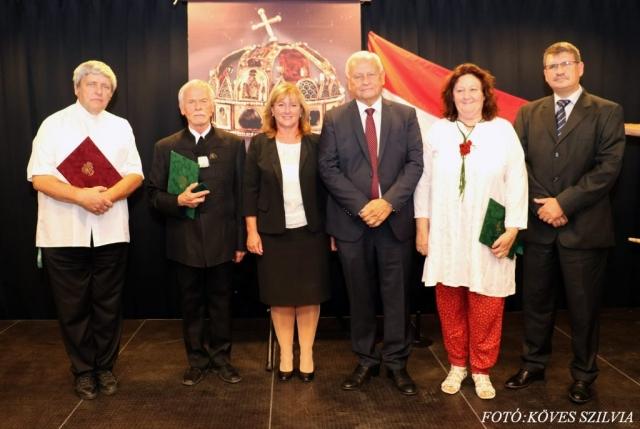 202018. díjazottja, Kiszelné Mohos Katalin, Harrach Péter, Fegyveres-Fiskál Gábor