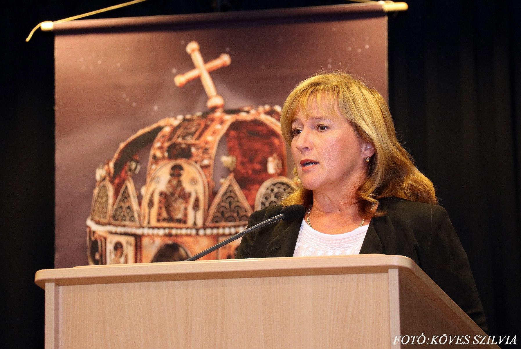 Kiszelné Mohos Katalin polgármester asszony beszéde 2018. augusztus 20.