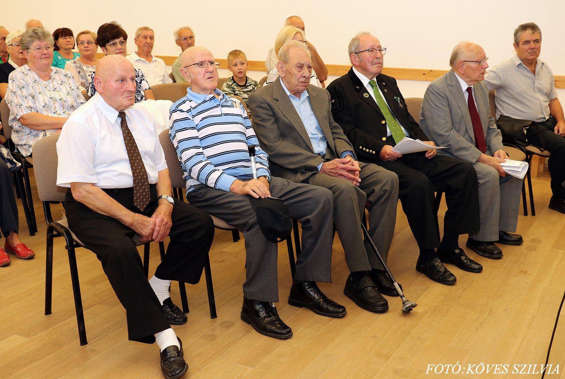 Az idős bányászaink az ünnepségen balról Gazdag Péter, Bajzi Ferenc, Probszt András 2018.
