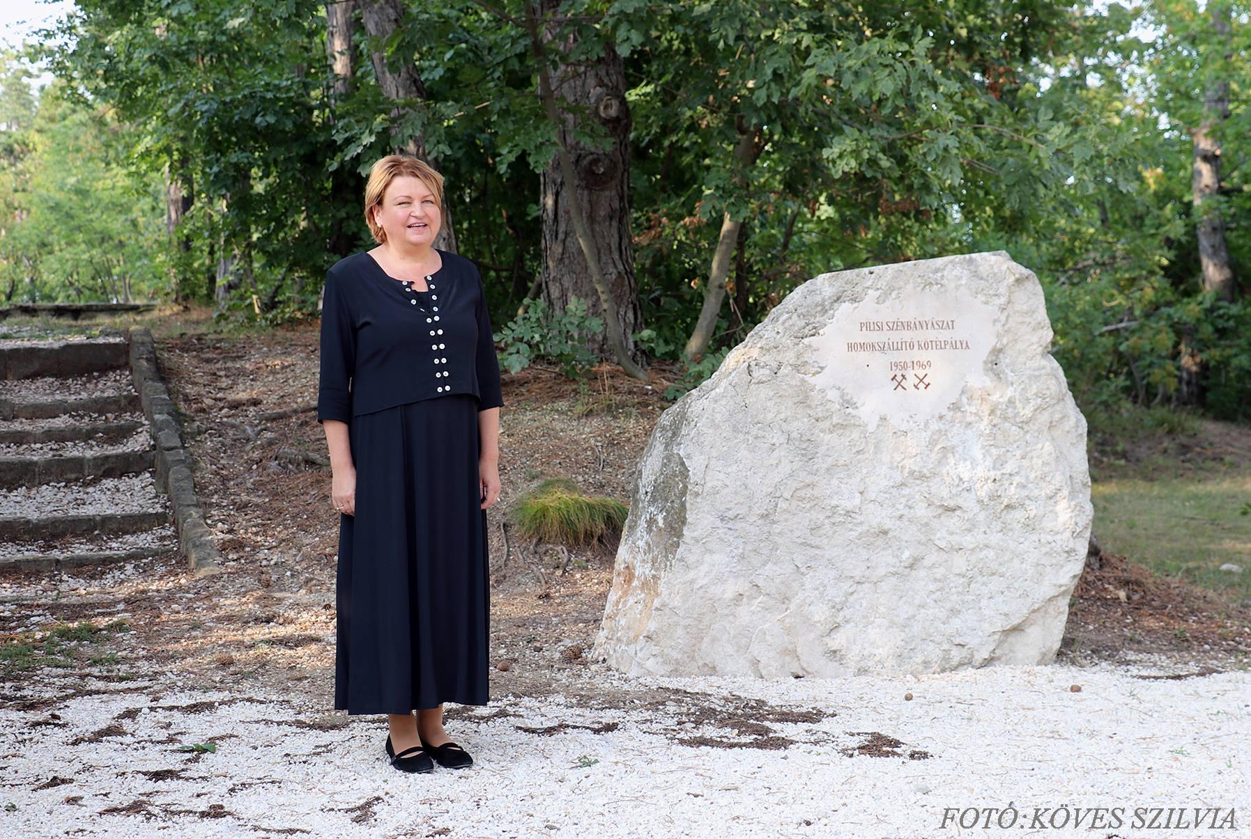 Bányásznap 2018. A koszorúzás kezdete G. Furulyás Katalin